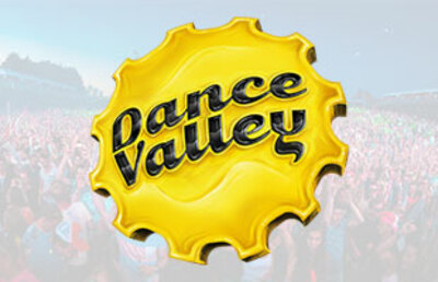 Busreis naar Dance Valley